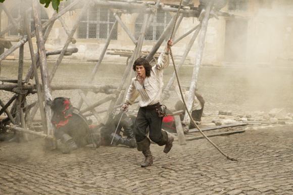 D'Artagnan (Logan Lerman) und die Musketiere Aramis (Luke Evans) und Athos (Matthew MacFadyen
