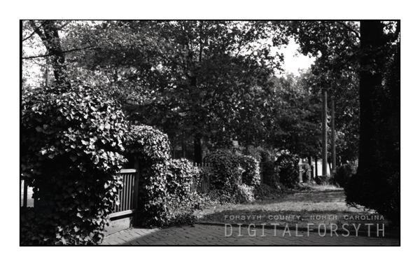 Fence along Salem's Cedar Avenue