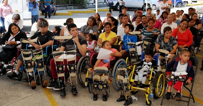 entrega_protesis_personas_discapacitadas (3)