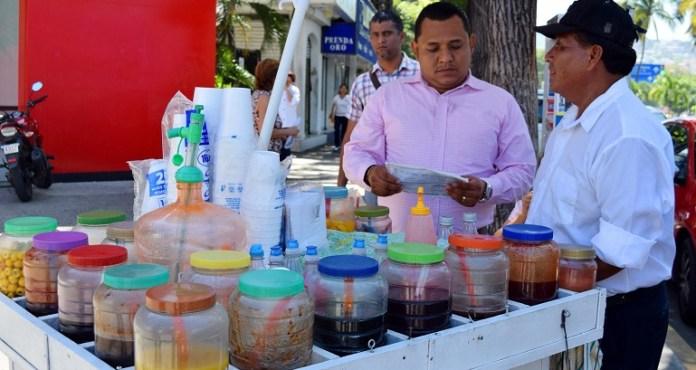 vendedores_rapados_acapulco_via_publica (2)