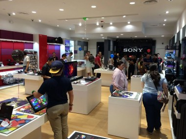 Piso de la tienda Sony Store