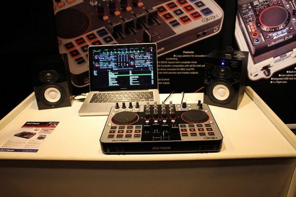 600x400-images-stories-DJ-Tech-4mix_2
