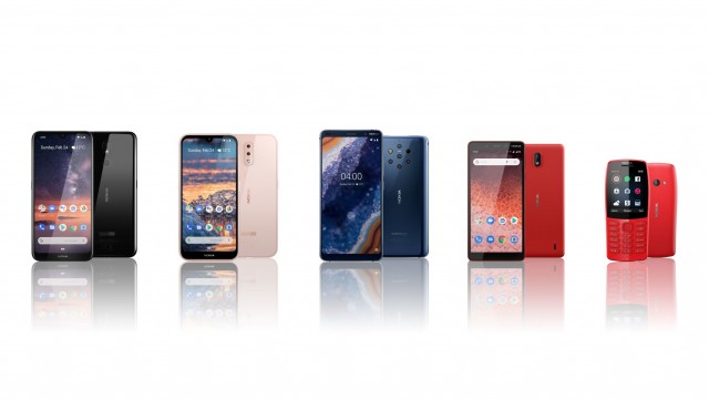 Nokia_Phone_Lineup_5UP_RGB_16_9_V2_WHITE