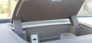 traverse dash usb port