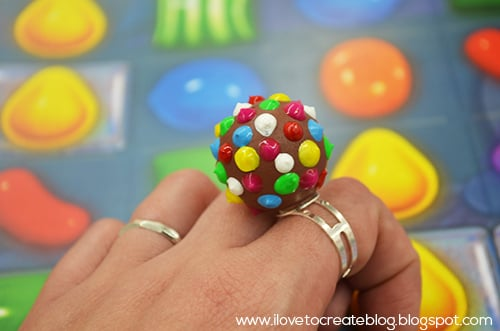 DIY Candy Crush Color Bomb Ring