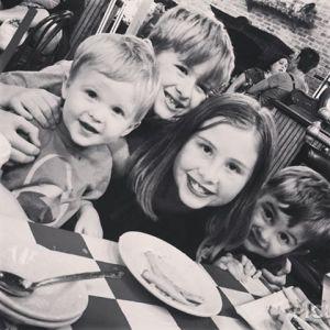 4 kids blog