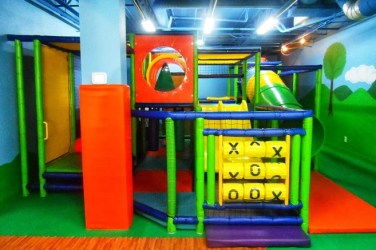 play area bake and play cafe