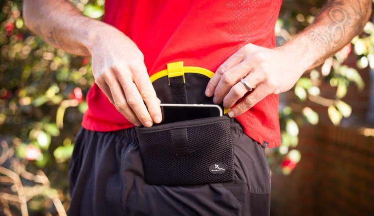 Tech Pouch for Running - Fitness Gift Ideas