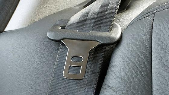SEAT BELT choking child