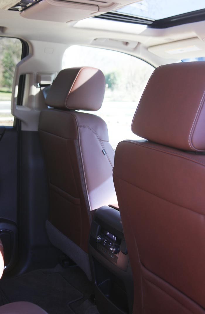 2017 chevrolet suburban for large families