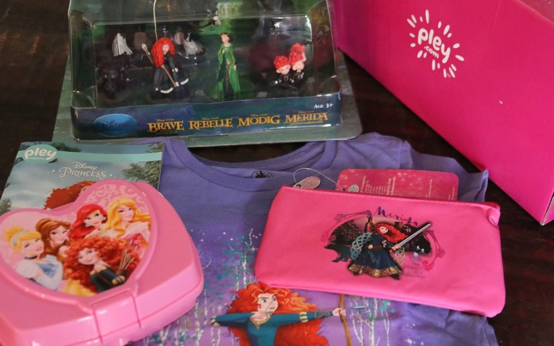 Pley Disney Princess Subscription Box Unboxing and Review