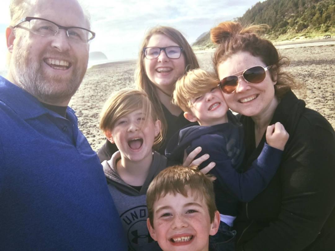 digital family - About Digital Mom Blog