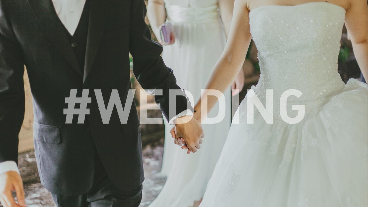 wedding hashtags and etiquette social medai