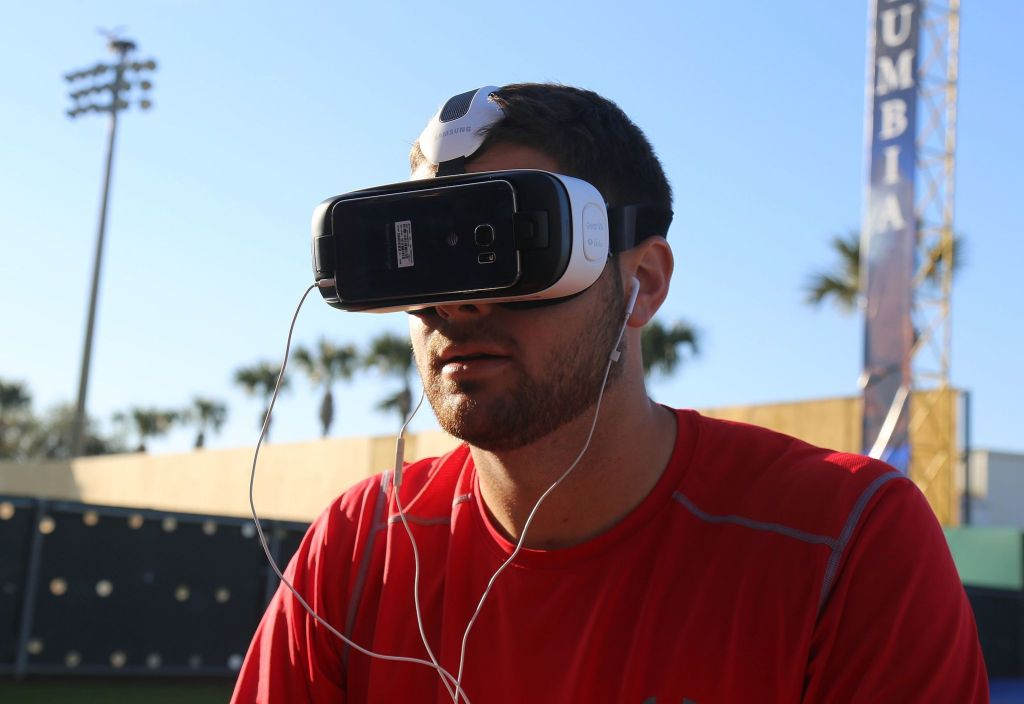 By Arturo Pardavila III from Hoboken, NJ, USA (Lucas Giolito tries out virtual reality) [CC BY 2.0 (http://creativecommons.org/licenses/by/2.0)], via Wikimedia Commons