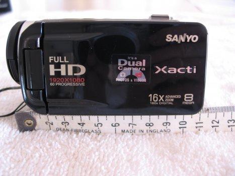 Size of Sanyo Xacti