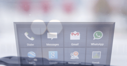 HeadsUP! display puts smartphone apps in your windshield