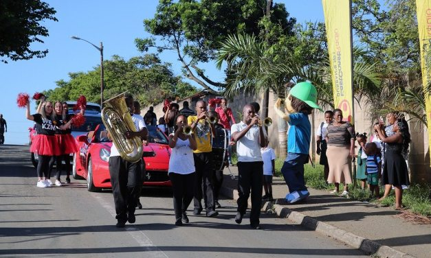 12-year old Olwethu's dream ride to school in a Ferrari!
