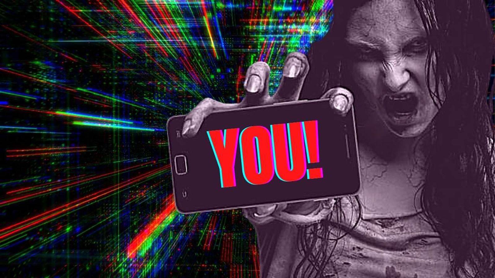 Social Zombing. Uno zombie con lo smartphone in mano si occupa di te