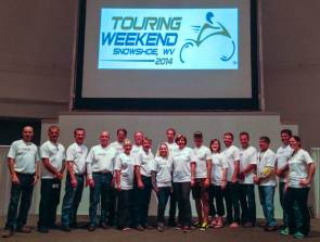 touring-weekend-team-roadrunner-magazine