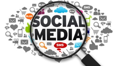 14955687 - magnified illustration with the word social media on white background.