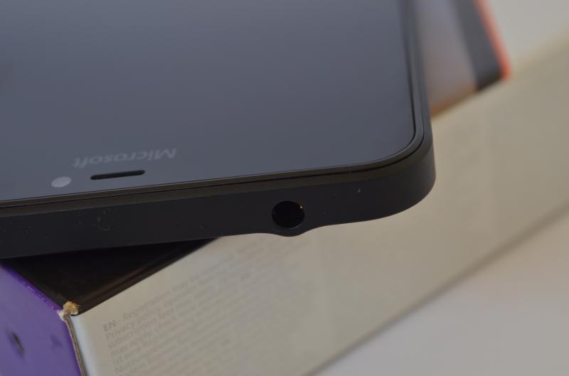 Lumia 640 XL audio port
