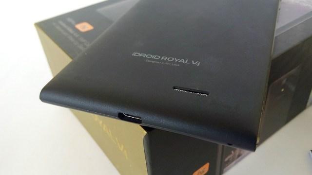 iDroidRoyalV4_Speaker_and_USBport