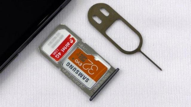 What's a hybrid dual SIM slot? - Dignited