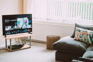 connect a Smart TV to the internet