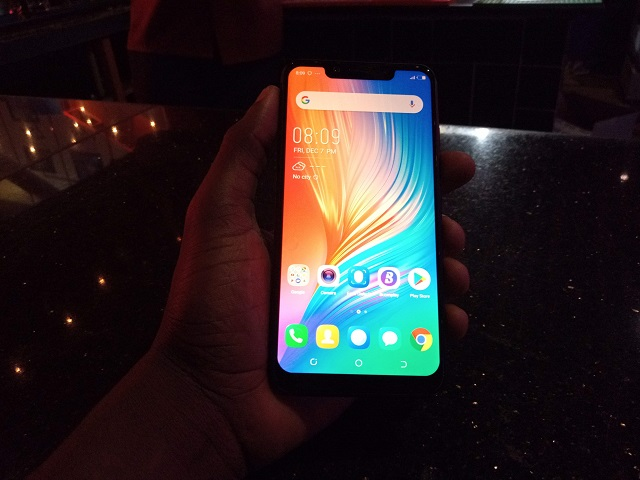 TECNO Camon 11 Pro Review: Pro AI Clear selfies for a Lite Price