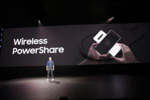 Wireless powershare is reverse wireless charging for Samsung smartphones