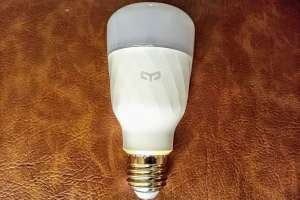 Control your lights with your phone: Yeelight Smart LED Bulb (Tunable White) Review