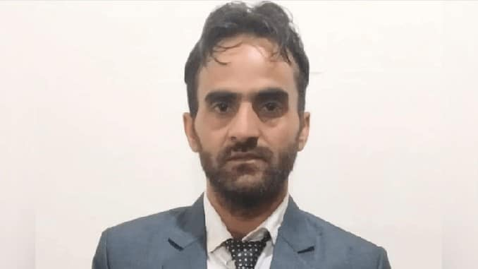 """Scholar from Pulwama gets """"Research Excellence Award"""""""