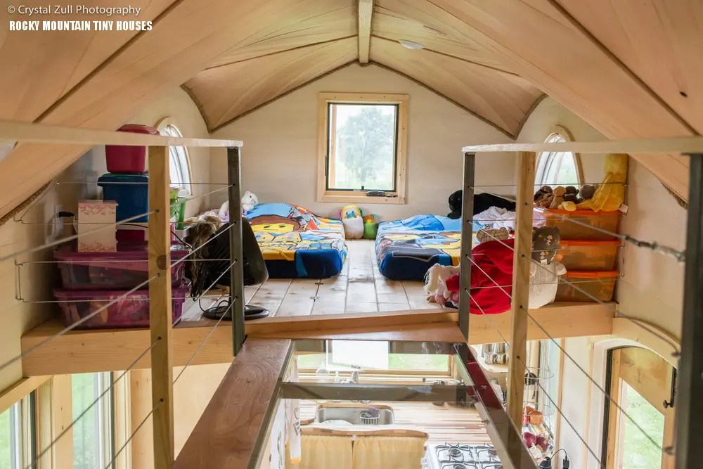 Cool Tiny House On Wheels With Bedrooms For Four Digsdigs