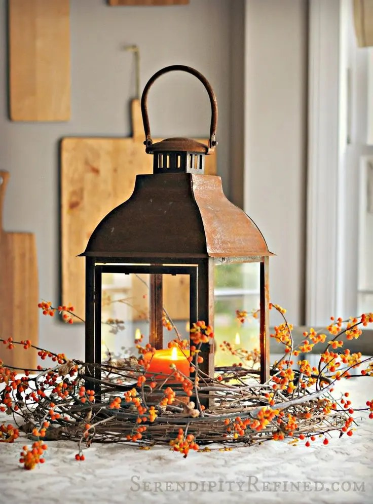 Decorating Lanterns For Fall   Euffslemani com 59 Fall Lanterns For Outdoor And Indoor D    cor Digsdigs