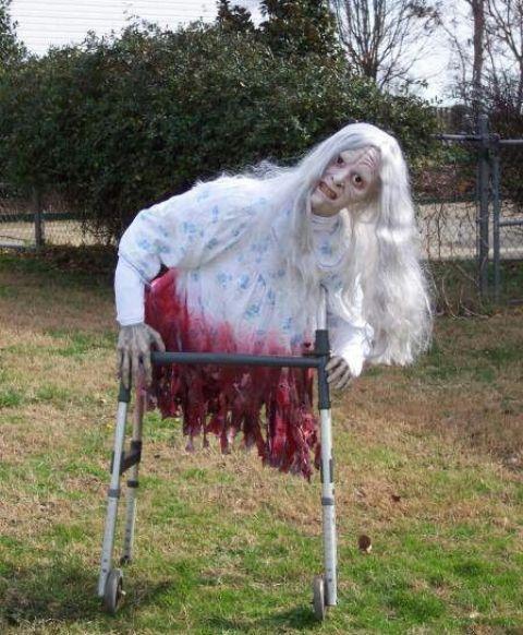 31 Creepy And Cool Halloween Yard Dcor Ideas DigsDigs