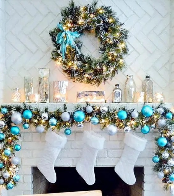 Frozen House Xmas Decorations
