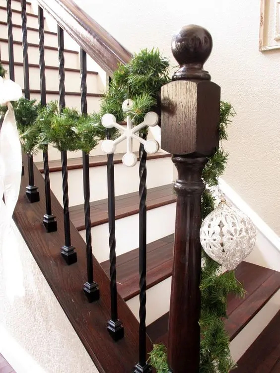 33 Wrought Iron Railing Ideas For Indoors And Outdoors   Black Banister With White Spindles   Round   Antique   Finished Painted Stair   Oak Handrail Basket   Brazilian Cherry Stair