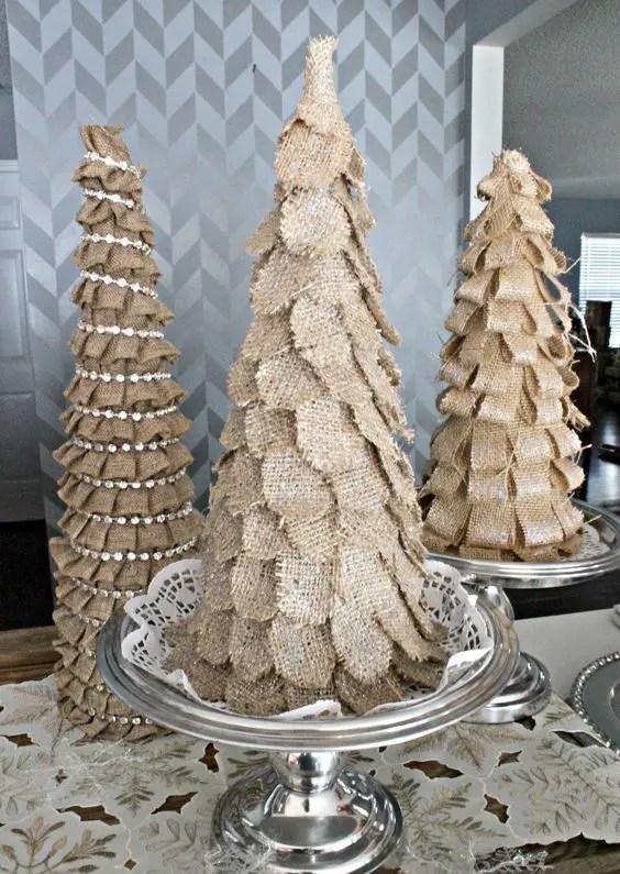 Rustic Love 30 Burlap Christmas Decor Ideas DigsDigs