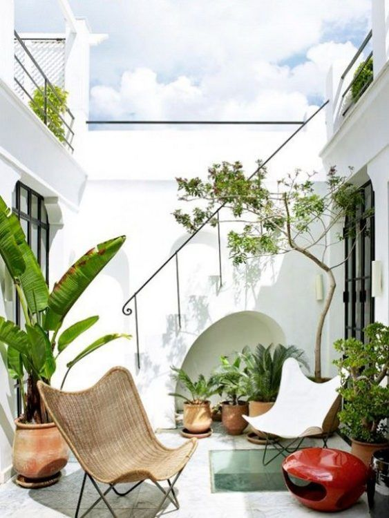 25 Tropical Patio Balcony And Terrace Designs Digsdigs