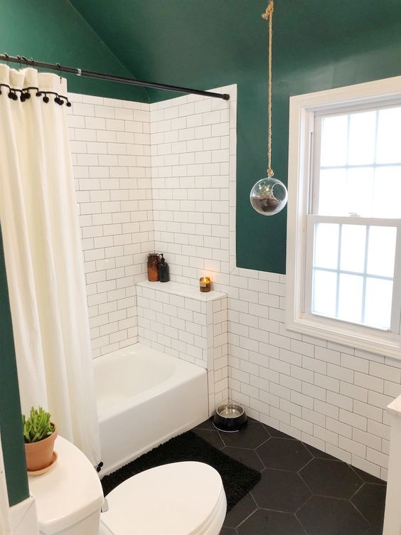 25 stylish small bathrooms with a