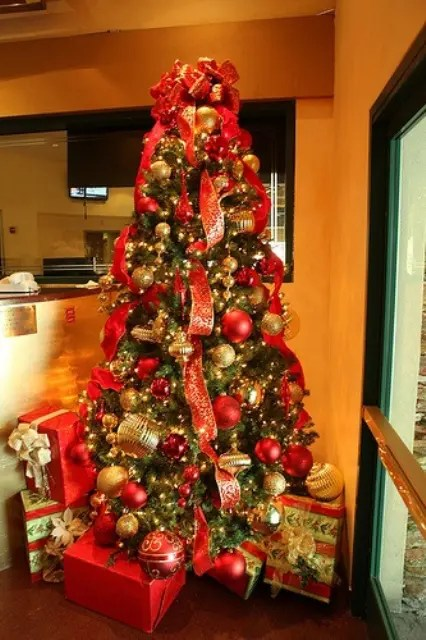 Painting Red And Gold Christmas Decor Home Interior Decorating