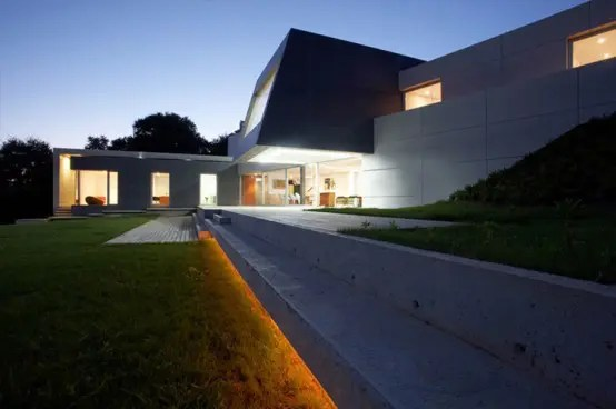 Contempory Style Concrete House