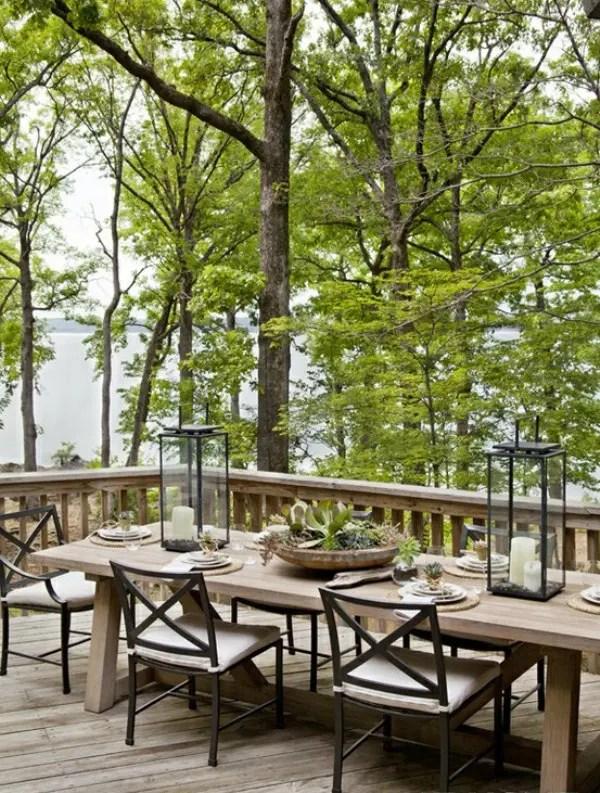Outdoor Dining Area via Digsdigs.com