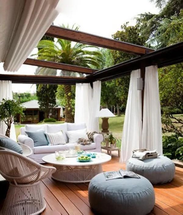 Outdoor Living Room via Pinterest
