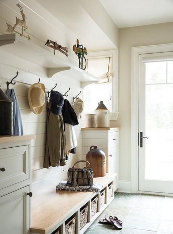 52 Cozy And Simple Farmhouse Entryway Decor Ideas