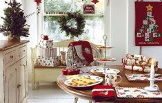 Fabulous Kitchen Christmas Decorating That You Are Going To Make Right Away