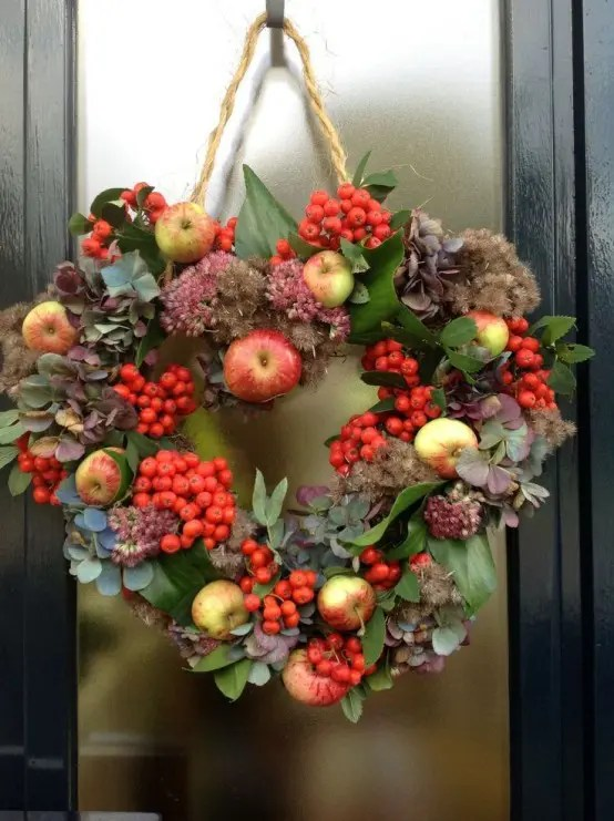 23 Cute And Yummy Apple Wreaths For Fall Home D 233 Cor Digsdigs