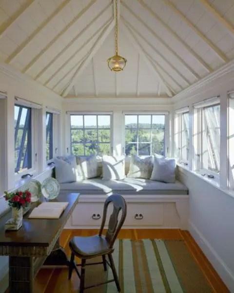 28 Dreamy Attic Sunroom Design Ideas Digsdigs