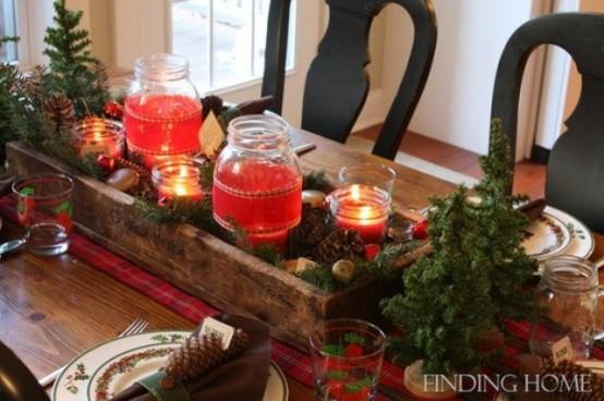 24 Inspiring Rustic Christmas Table Settings DigsDigs