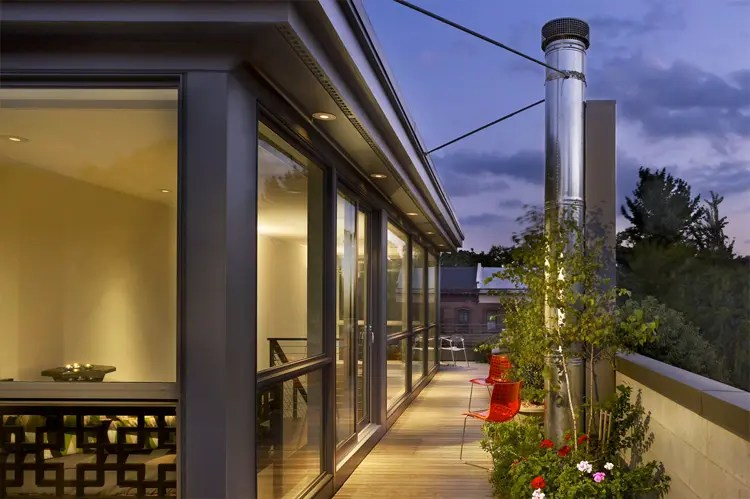 Modern Townhouse Design With Rooftop Garden By Brett